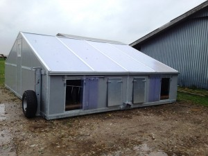 Farrowing3-hut-design-made-